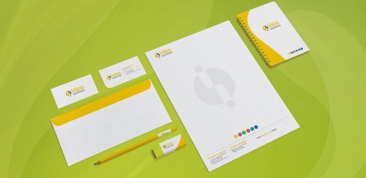 A confecção de itens de papelaria faz parte do nosso pacote de identidade corporativa
